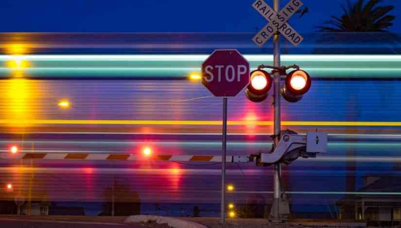 Train passing safety lights